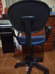 Cadeira de Escritório secretaria giratória azul