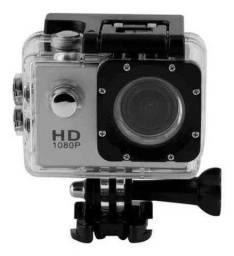 Câmera GoPro com acessórios