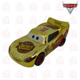 Título do anúncio: Mcqueen dourado - carros 8cm