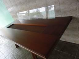 Mesa madeira com 8 cadeiras