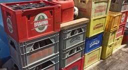 Engradados de garrafas vazias de cerveja com 24 unidades !!!