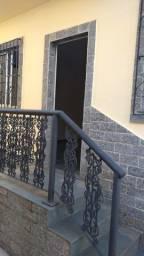Casa para Locação - 1 Dormitório - Bairro - Centro/Vila Carneiro.