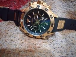 Título do anúncio: Relógio Armani no preço pra vender logo