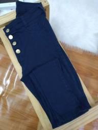 Calça jeans azul (38)