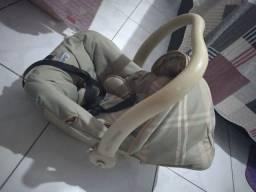 Vendo bebê conforto da burigotto valor 100 reais