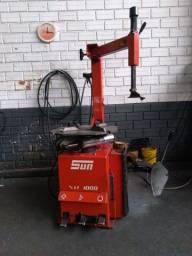 Título do anúncio: Máquina de desmontagem/montagem de pneus SUN Valor R$2000,00