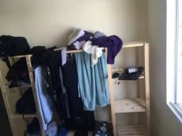 Mini-closet rústico casal