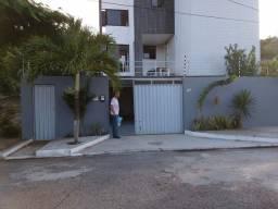 Vendo prédio 3 andares próximo a praia de Ponta Negra