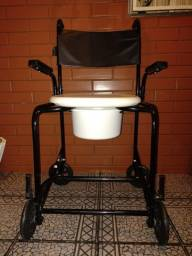 Cadeira de banho com coletor