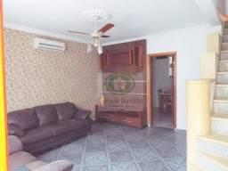 Título do anúncio: Casa tipo sobradinho em Vila Residencial no Boqueirão - R$ 390 Mil - Santos