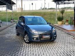 Renault SANDERO EXP 16HP