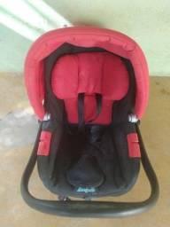 Vende se bebê conforto semi novo