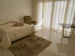 Título do anúncio: Casa de condomínio para aluguel com 750 metros quadrados com 5 quartos