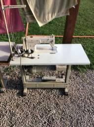 Título do anúncio: Vendo maquinas de costura o kit