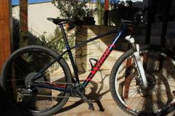 Bicicleta full carbon 29