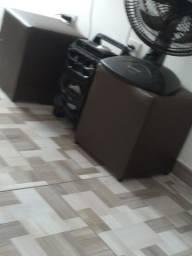 Dois pufes marrom