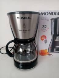 Título do anúncio: Cafeteira grande da Mondial 32 xícaras