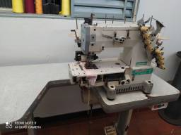 Título do anúncio: Máquina Elastiqueira Siruba 4 agulhas usada
