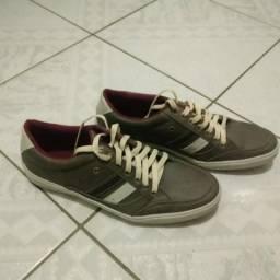 Vendo calçados seminovos e usados em bom estado 748f3e546e52b