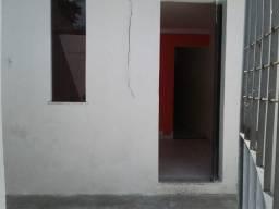Casa no caseb boa localização