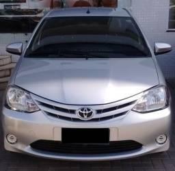 Toyota Etios sedan 1.5 XS - 2015
