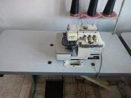 Máquina Overloque 3 fios