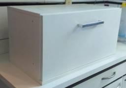 Cozinha 100% mdf: com 01 paneleiro, 02 armários suspenso e 01 gabinete com pia em inox comprar usado  Araçatuba