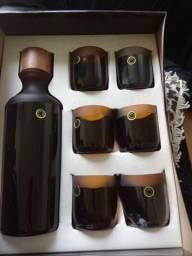 Kit garrafa e copo