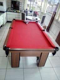 Mesa de Bilhar Imbuia com Tecido Vermelho Bordas Vermelhas