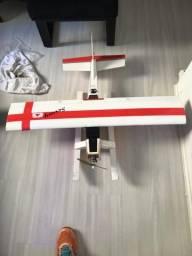 Aeromodelo elétrico anfíbio completo