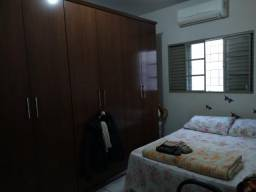 Casa térrea no Residencial Universitário r$ 195 mil reais Terreno 150 m2 AC 73,68 m2