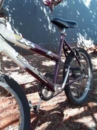 Vendo bicicleta para criança