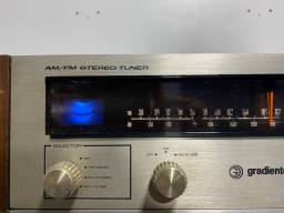 Amplificador e tuner gradiente bem das antigas perfeitamente tudo funcionando