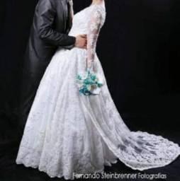 Vestido de Noiva em Renda Francesa