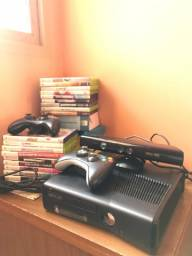 Xbox 360 + 2 Controles + HD Interno 250GB + Cabo AV + JOGos + Revistas XBOX