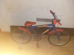 Bicicleta aro 20 semi nova  com rodinha