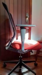 Cadeira Vitra Meda Pro da Suíça