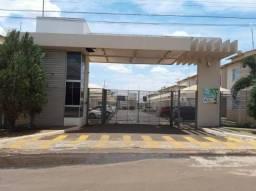 Apartamento com 2 dormitórios para alugar, 58 m² por R$ 850/mês - Residencial Veneza - Rio
