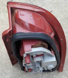 Vendo lanterna traseira freio Fiat Strada