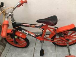 Bicicleta  infantil até 7 anos de idade