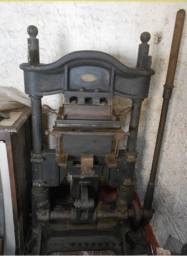 Maquina tipografica antiga