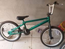 Vendo bicleta bmx