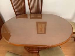 Mesa de Madeira com tampa de vidro