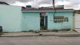 Vende Vila com várias casaa