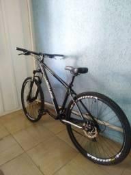 Bike high one aro 29 perfeita