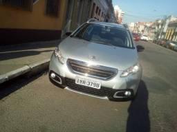 Vendo carro Peugeot lindo