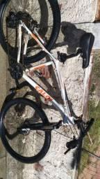 Bike aro 29 caloi Explorer 10