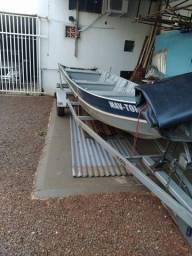 Barco borda alta
