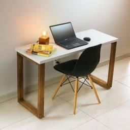 Mesa para computador trabalho escrivaninha estudos em MDF + Madeira Maciça