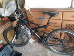 Título do anúncio: Bicicleta zerada cubo roalmentado marcha shimano
